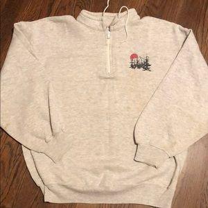 Vintage 1980s Mountain sweatshirt XL